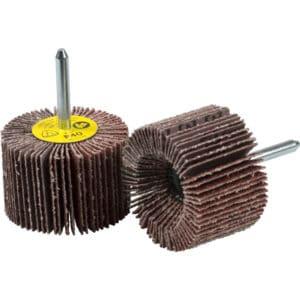 Brusni čepki za radialno ali čelno brušenje vseh kovin, lesa in plastike.